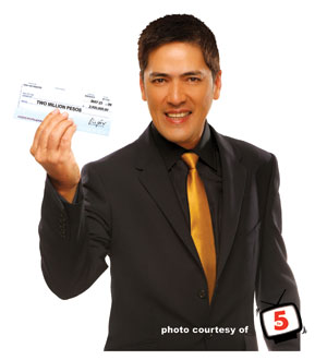 vic-sotto-who-wants-to-be-a-millionaire-host-tv5-copy