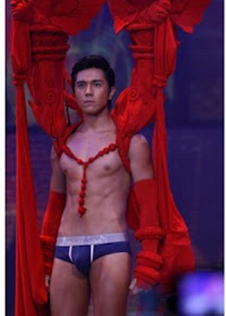 "One thought on "" bench 2 universe paulo avelino """
