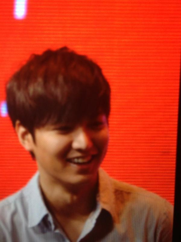 Lee Min Ho All Smile in Benchsetter Fun Meeting at Smart Araneta Coliseum with More Than 10,000 Fans!