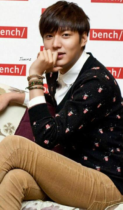 (Lee Min Ho at the Bench Fan Meeting in Philippines)- credits to owner LMH's FB Page