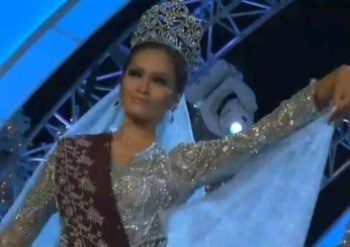 MISS PHILIPPINES JANINE TUGONON FOR miss universe 2012 preliminaries national costume2