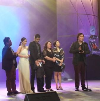One More Try, Thy Womb and El Presidente Sweep Awards on MMFF 2012 Awards Night