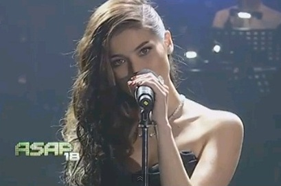 Is Anne Curtis 'PantyLESS' on ASAP 18 While Performing Rihanna's Diamonds?! [Photo + Video]