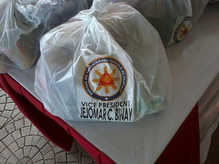 jejomar binay name on relief goods